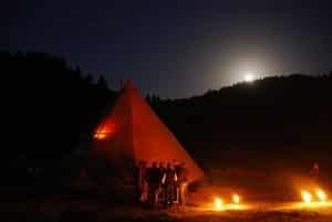 Soirée insolite Tipi VIP Dôme Wild Camp Annecy