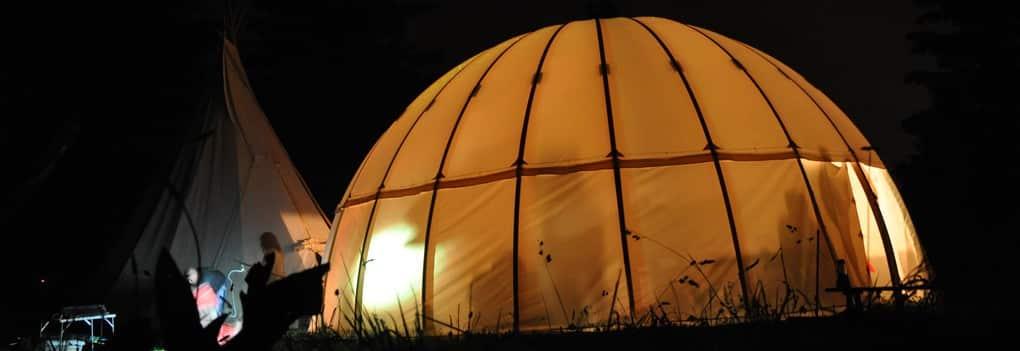 Soirée insolite Annecy: soirée sous tipi dôme